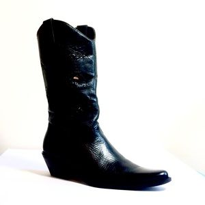 Leather cowboy boots made in Brazil